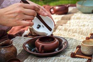 茶具怎么选,陶瓷茶具是什么-龙井茶